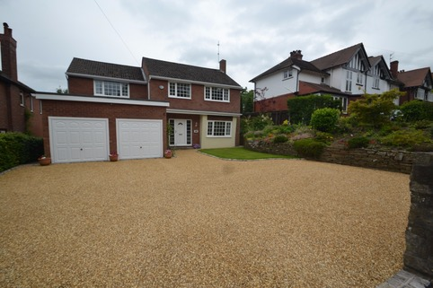 Stabilised Gravel driveway in Bramhall