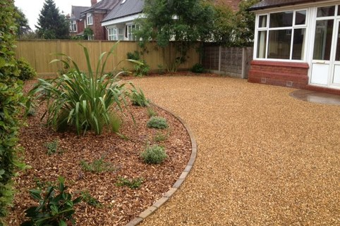Stabilised Gravel Driveway with kerb edge and planting, Sandbach, Chesire